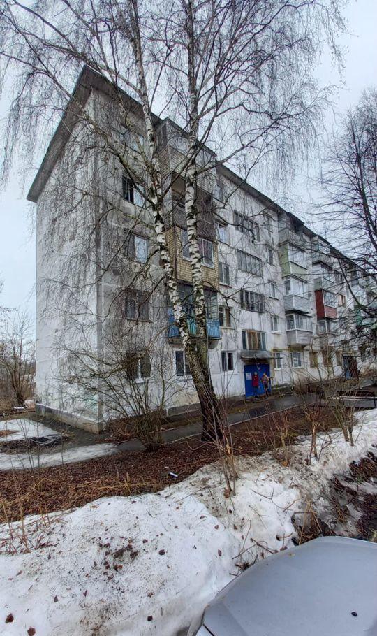 Продажа двухкомнатной квартиры рабочий посёлок Михнево, улица 9 Мая 1, цена 2000000 рублей, 2021 год объявление №604250 на megabaz.ru