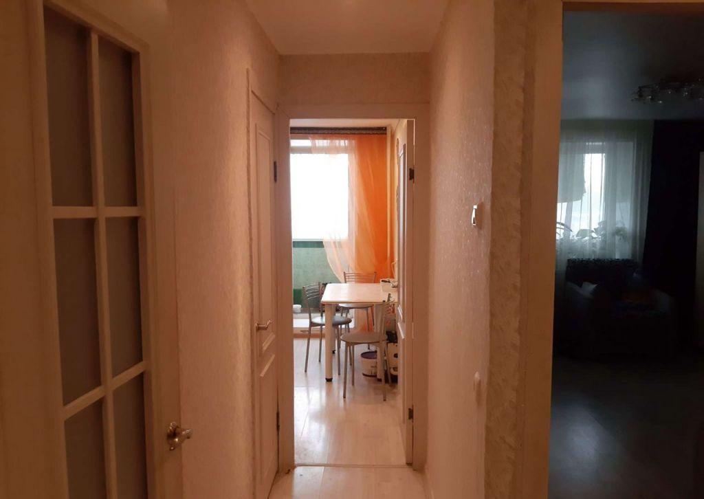 Продажа двухкомнатной квартиры Рошаль, улица Свердлова 8, цена 1800000 рублей, 2020 год объявление №495128 на megabaz.ru