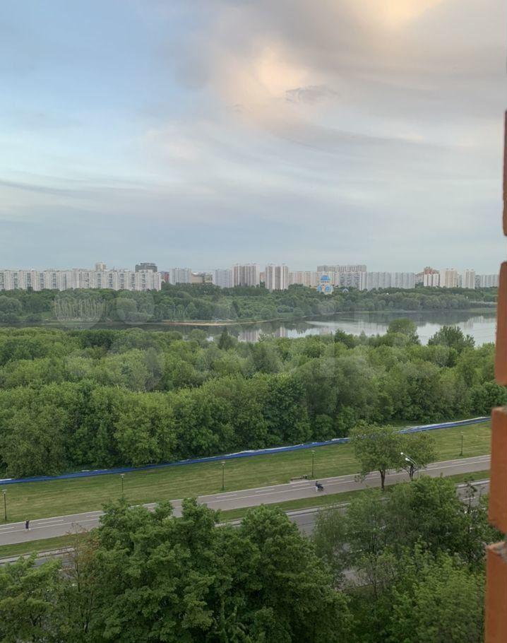 Аренда однокомнатной квартиры Москва, метро Борисово, улица Борисовские Пруды 15к1, цена 32000 рублей, 2021 год объявление №1398663 на megabaz.ru