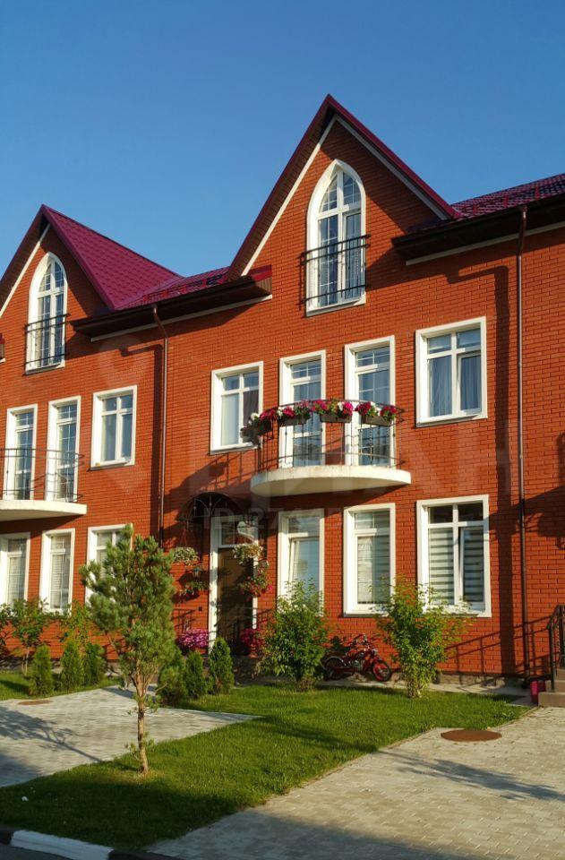 Продажа дома деревня Красный Поселок, цена 21000000 рублей, 2020 год объявление №483051 на megabaz.ru