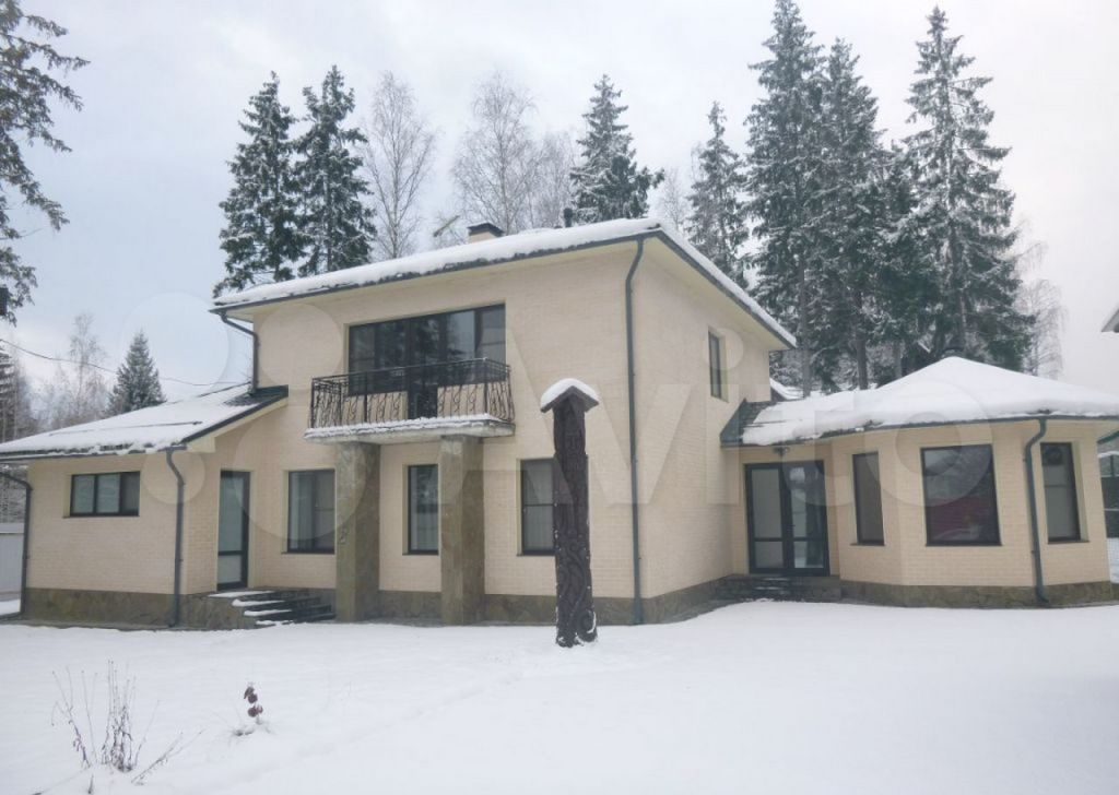 Аренда дома деревня Сивково, 4-я Юго-Западная улица, цена 150000 рублей, 2021 год объявление №1299616 на megabaz.ru