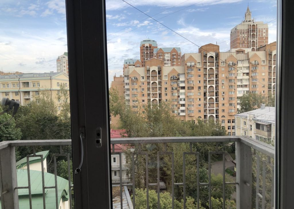 Аренда трёхкомнатной квартиры Москва, метро Баррикадная, Большая Грузинская улица 36с3, цена 115000 рублей, 2021 год объявление №1206223 на megabaz.ru