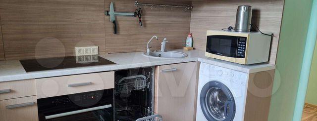 Аренда двухкомнатной квартиры поселок Володарского, Зелёная улица 40, цена 25000 рублей, 2021 год объявление №1338153 на megabaz.ru