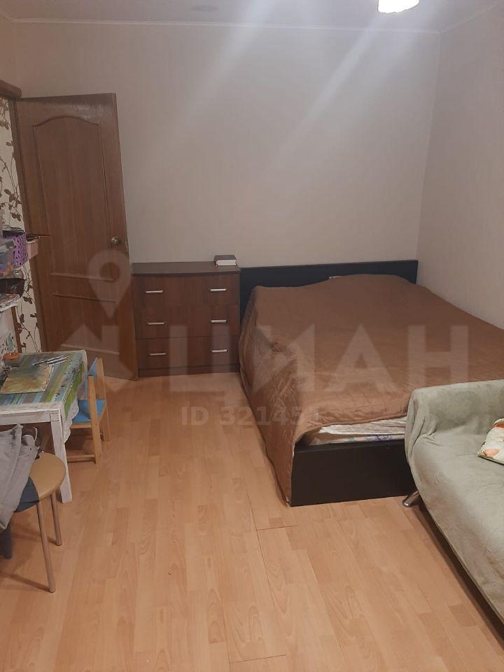 Продажа однокомнатной квартиры поселок Лунёво, Гаражная улица 2, цена 2700000 рублей, 2021 год объявление №497260 на megabaz.ru