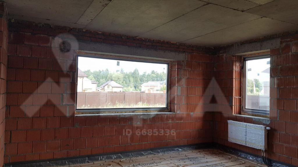 Продажа дома деревня Пятница, метро Пятницкое шоссе, цена 8500000 рублей, 2021 год объявление №434791 на megabaz.ru