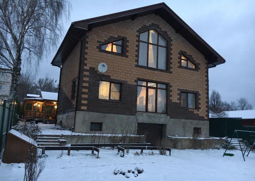 Аренда дома деревня Радумля, цена 100000 рублей, 2021 год объявление №1212195 на megabaz.ru
