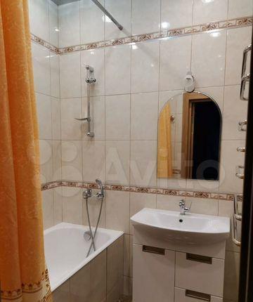 Аренда двухкомнатной квартиры Апрелевка, Жасминовая улица 6, цена 35000 рублей, 2021 год объявление №1342396 на megabaz.ru