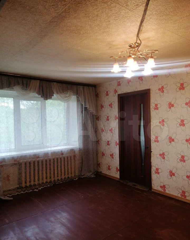 Продажа двухкомнатной квартиры поселок Большевик, улица Ленина 28, цена 3000000 рублей, 2021 год объявление №620771 на megabaz.ru