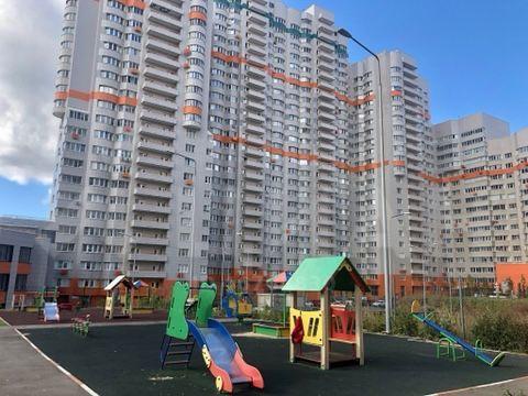 Аренда трёхкомнатной квартиры рабочий поселок Новоивановское, Можайское шоссе 51, цена 70000 рублей, 2020 год объявление №1215512 на megabaz.ru