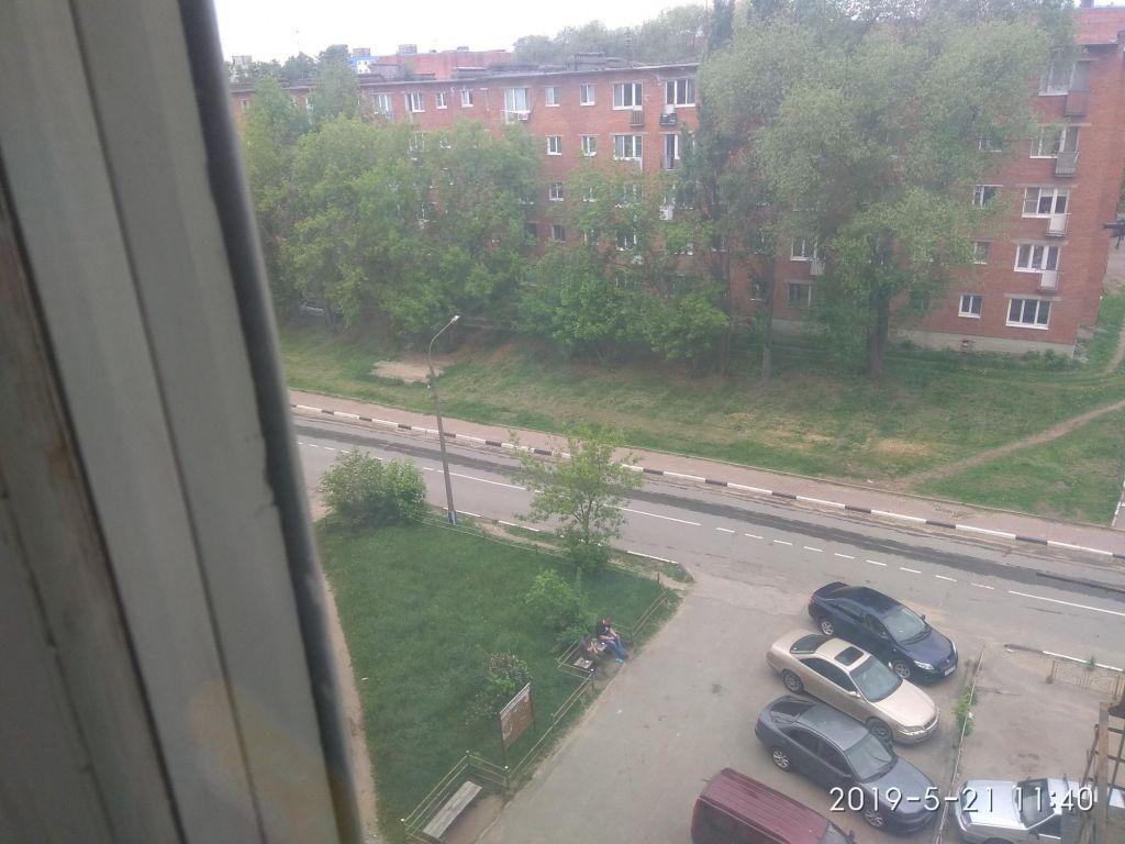 Продажа комнаты Ликино-Дулёво, улица 1 Мая 16, цена 650000 рублей, 2020 год объявление №503268 на megabaz.ru