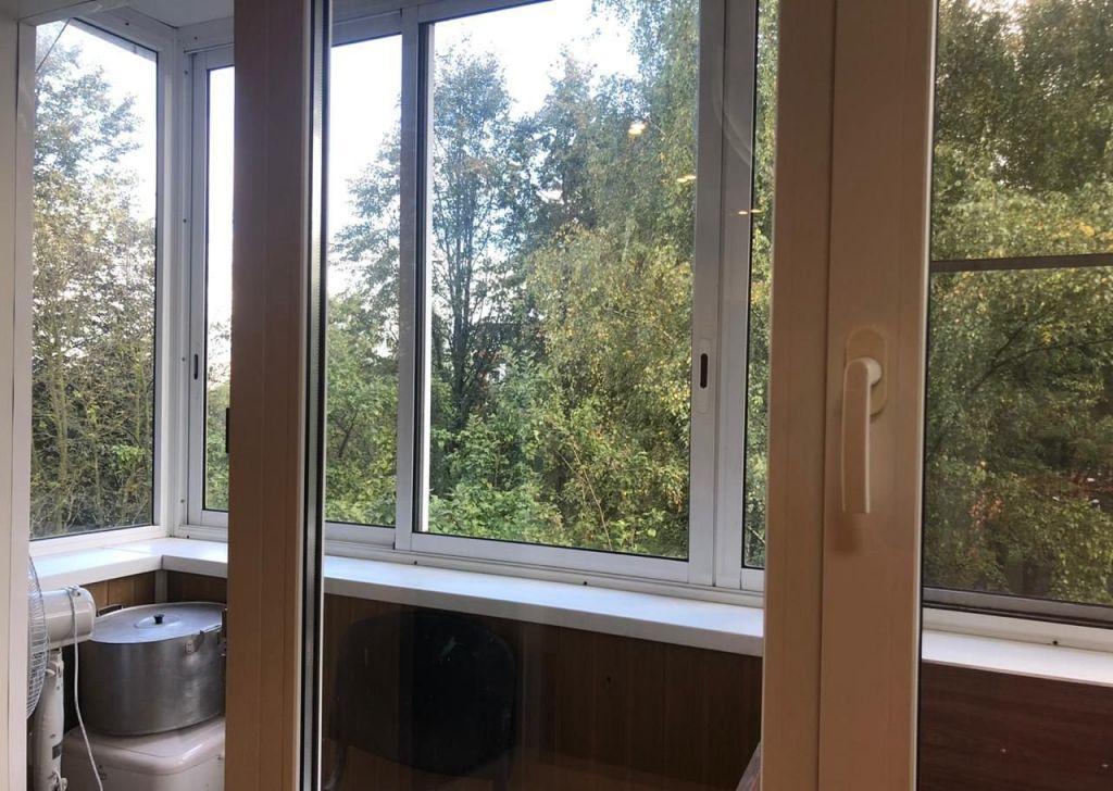 Аренда двухкомнатной квартиры поселок Мебельной фабрики, улица Труда 21, цена 25000 рублей, 2020 год объявление №1219394 на megabaz.ru