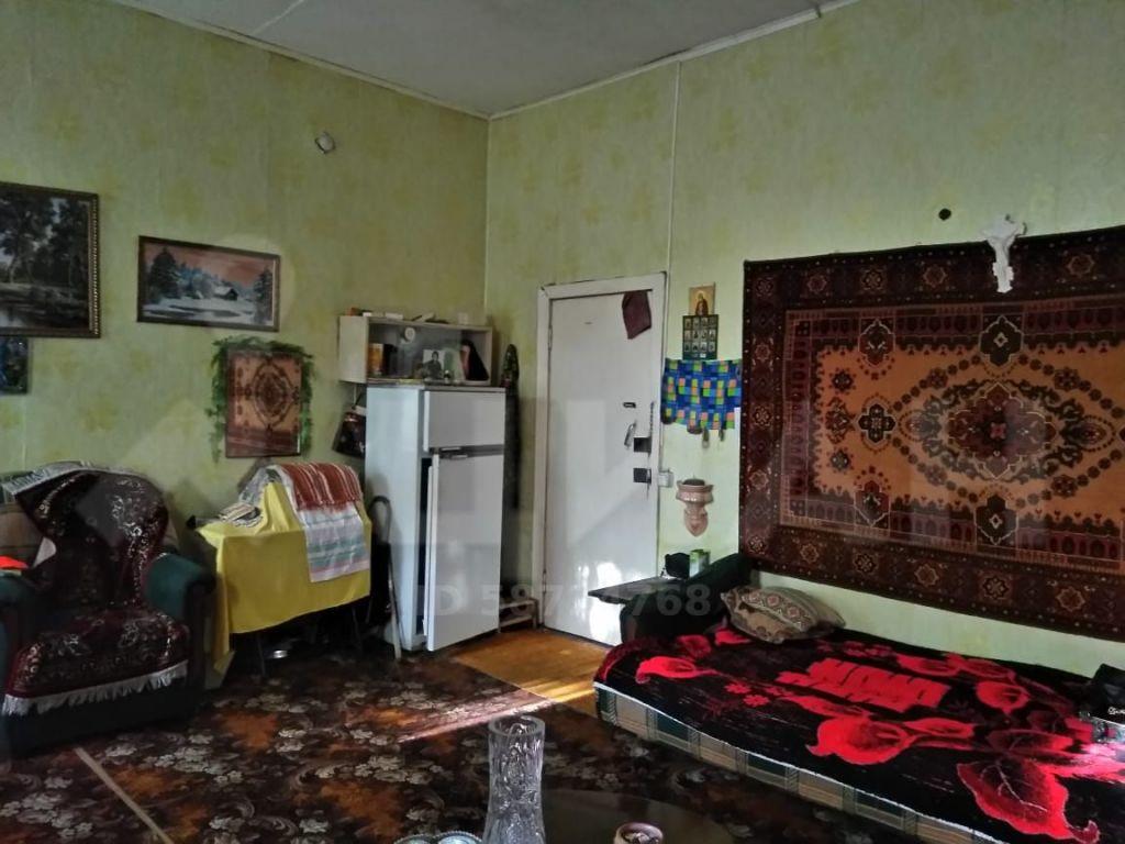 Продажа комнаты Серпухов, Калужская улица 33, цена 750000 рублей, 2020 год объявление №505343 на megabaz.ru