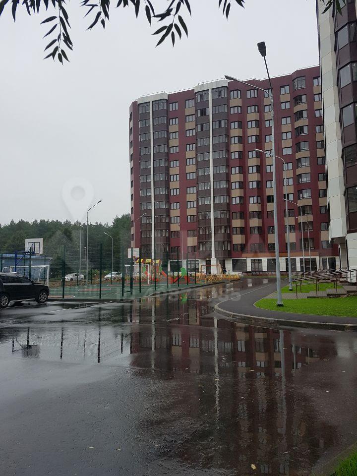 Продажа трёхкомнатной квартиры Звенигород, метро Строгино, Нахабинское шоссе 7А, цена 5200000 рублей, 2020 год объявление №505363 на megabaz.ru