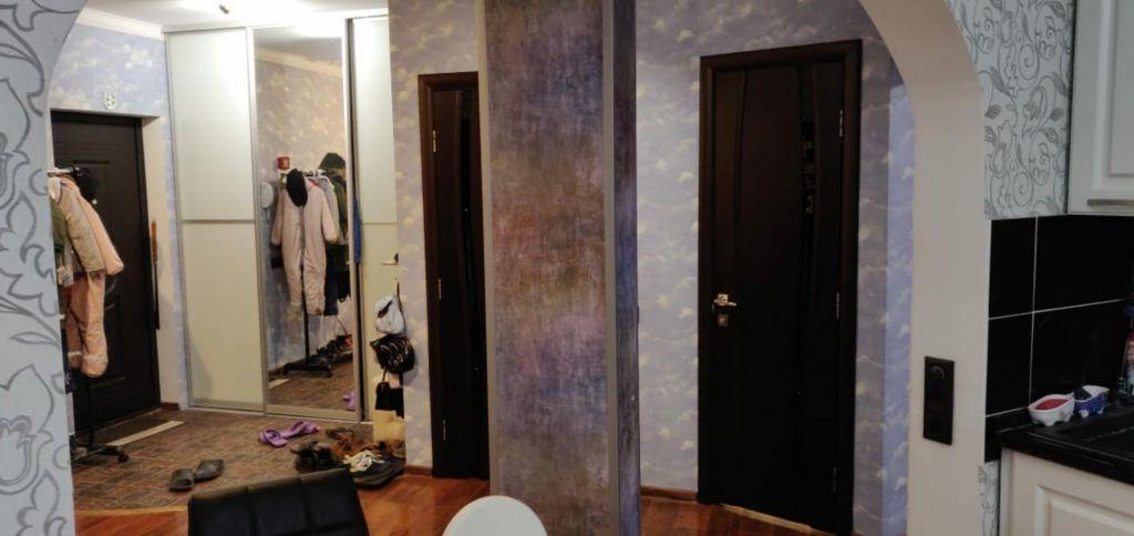 Аренда двухкомнатной квартиры поселок Аничково, цена 27000 рублей, 2020 год объявление №1219802 на megabaz.ru