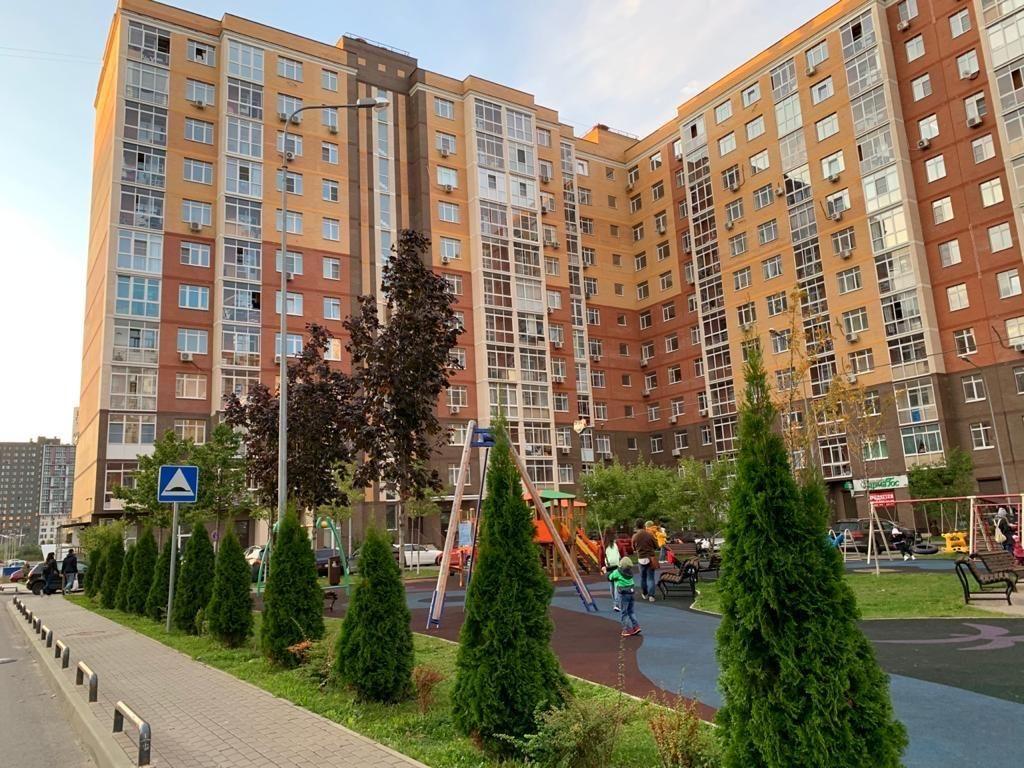 Аренда однокомнатной квартиры посёлок Коммунарка, Бачуринская улица 17, цена 30000 рублей, 2020 год объявление №1219803 на megabaz.ru