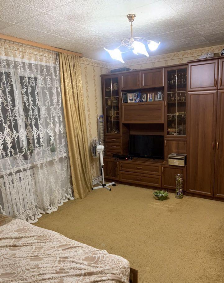 Продажа двухкомнатной квартиры Кубинка, улица Сосновка 9, цена 2600000 рублей, 2021 год объявление №387619 на megabaz.ru
