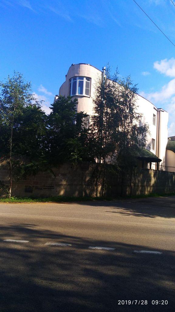 Продажа студии село Тарасовка, Рябиновая улица 28, цена 1195000 рублей, 2021 год объявление №395067 на megabaz.ru