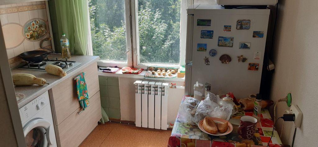 Аренда комнаты Одинцово, улица Маршала Жукова 37, цена 10000 рублей, 2020 год объявление №1225045 на megabaz.ru