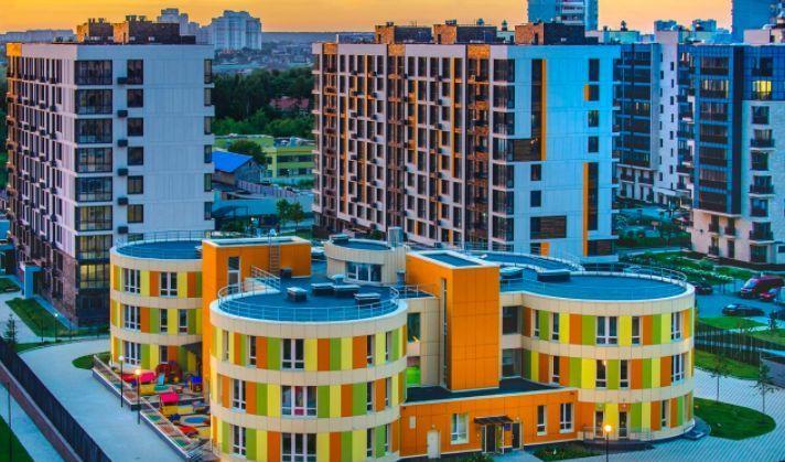 Аренда трёхкомнатной квартиры рабочий посёлок Заречье, Медовая улица 4, цена 70000 рублей, 2021 год объявление №1213328 на megabaz.ru
