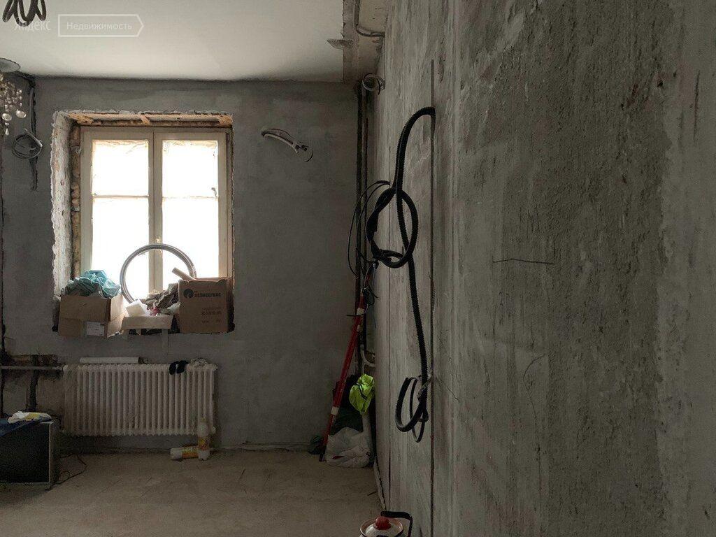 Продажа трёхкомнатной квартиры Москва, метро Спортивная, улица Хамовнический Вал 24, цена 23500000 рублей, 2021 год объявление №514512 на megabaz.ru