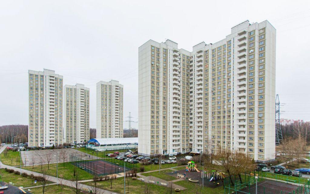 Продажа двухкомнатной квартиры Москва, метро Алтуфьево, Челобитьевское шоссе 10к2, цена 9800000 рублей, 2021 год объявление №547058 на megabaz.ru
