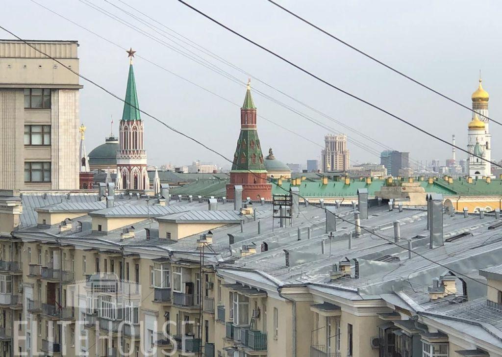 Аренда однокомнатной квартиры Москва, метро Театральная, Камергерский переулок 2, цена 75000 рублей, 2021 год объявление №1231596 на megabaz.ru