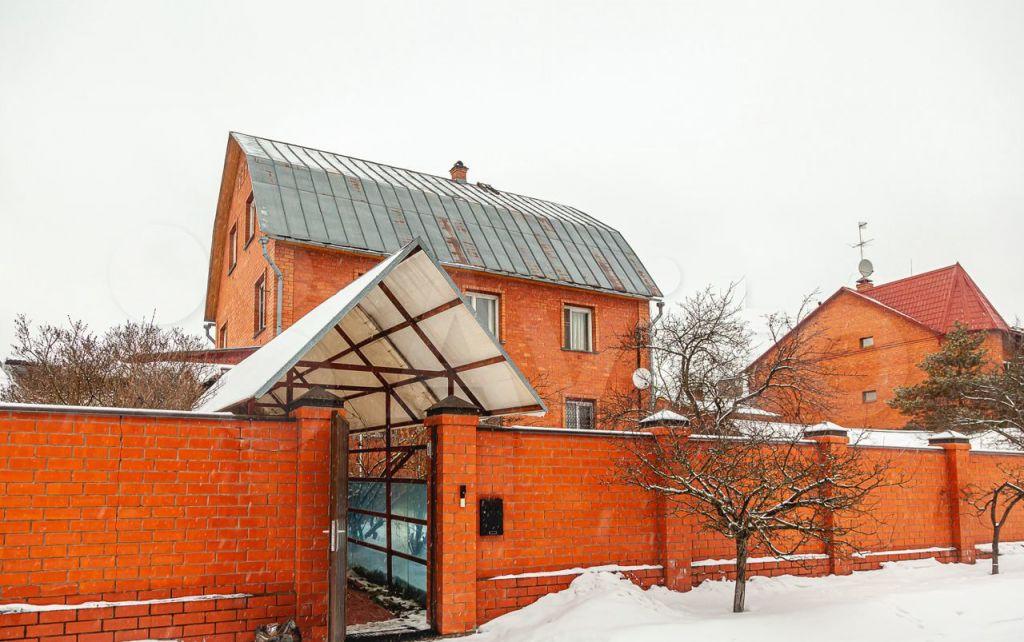 Аренда дома поселок Вешки, Полевая улица 8, цена 15000 рублей, 2021 год объявление №1356905 на megabaz.ru