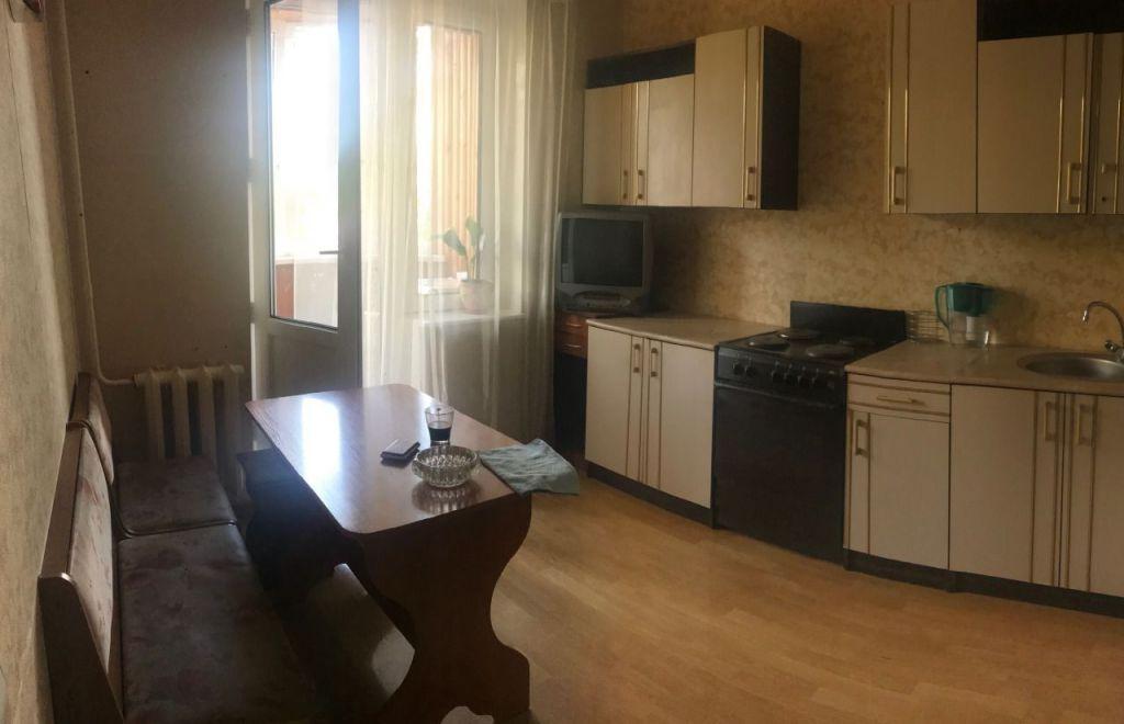Аренда трёхкомнатной квартиры поселок Поведники, цена 40000 рублей, 2021 год объявление №1238665 на megabaz.ru
