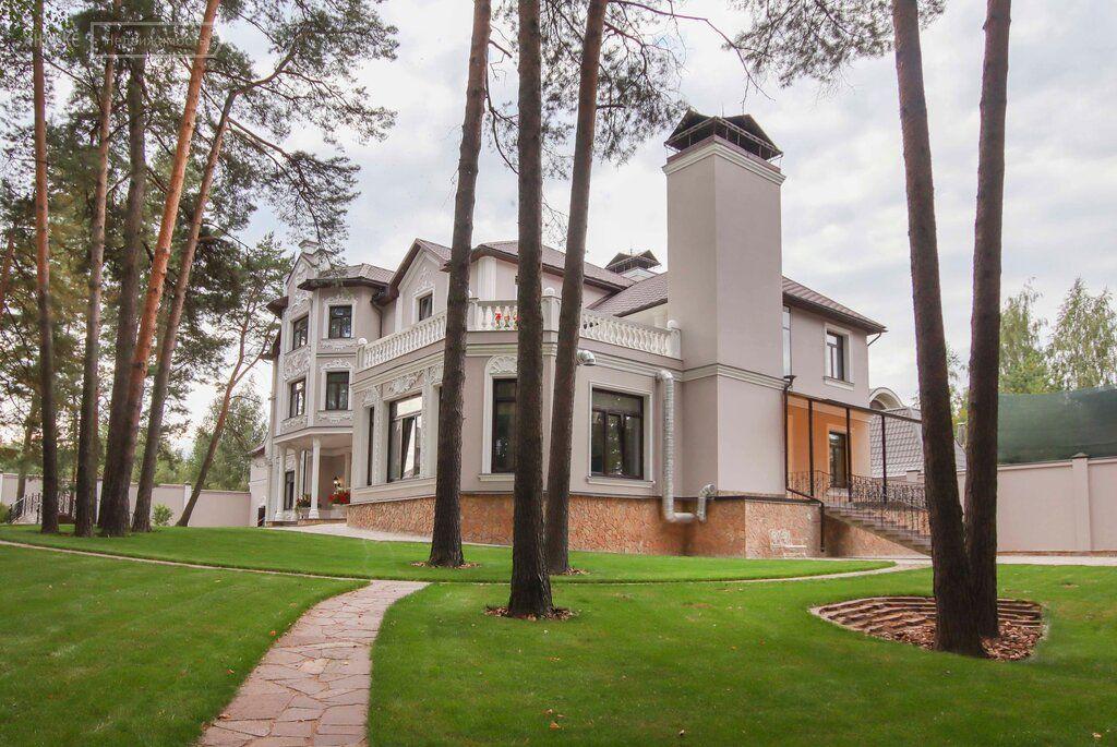 Продажа дома поселок Барвиха, метро Крылатское, цена 550000000 рублей, 2021 год объявление №534812 на megabaz.ru