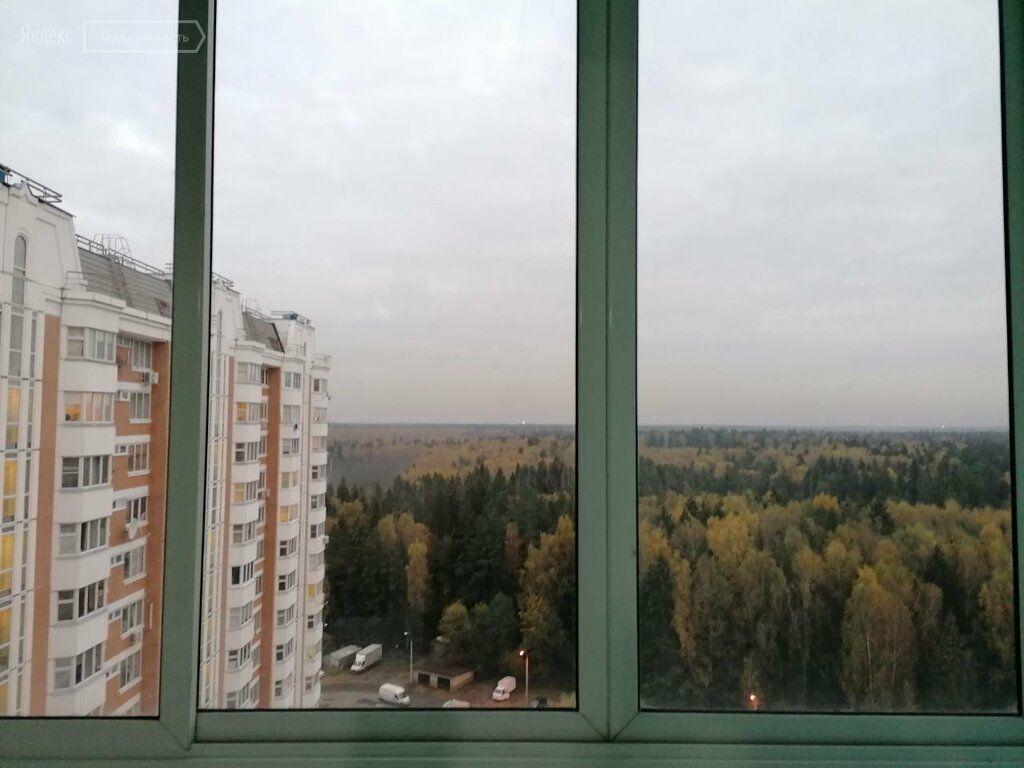 Аренда двухкомнатной квартиры деревня Брёхово, метро Пятницкое шоссе, цена 25000 рублей, 2021 год объявление №1240280 на megabaz.ru