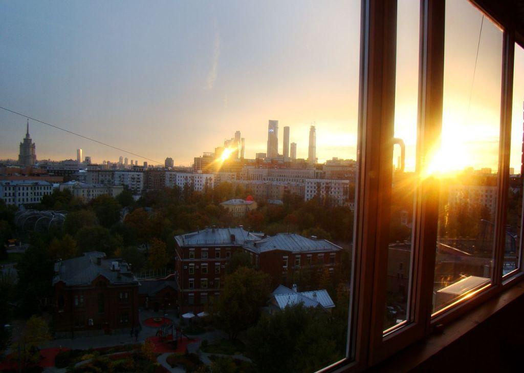 Аренда двухкомнатной квартиры Москва, метро Баррикадная, Большая Грузинская улица 14, цена 65000 рублей, 2021 год объявление №1241569 на megabaz.ru