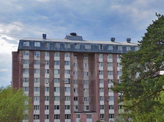 Аренда однокомнатной квартиры поселок Большевик, Молодёжная улица 7, цена 14000 рублей, 2021 год объявление №1295984 на megabaz.ru