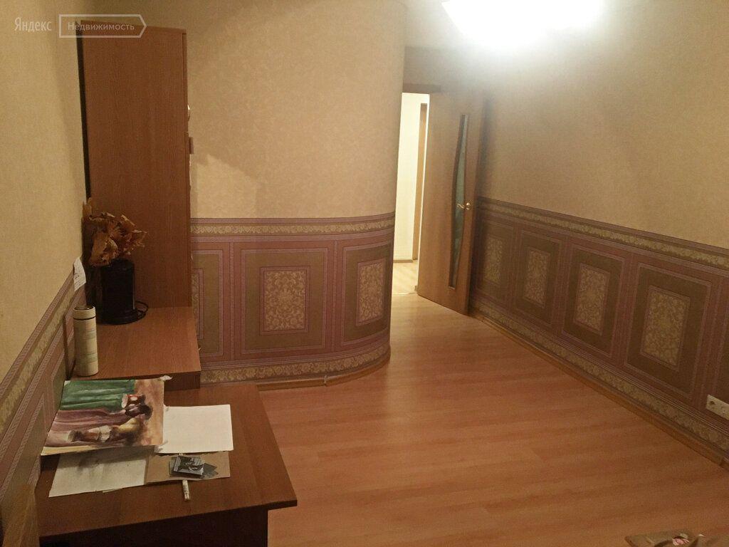 Аренда комнаты поселок Большевик, Молодёжная улица 7, цена 8500 рублей, 2021 год объявление №1276824 на megabaz.ru