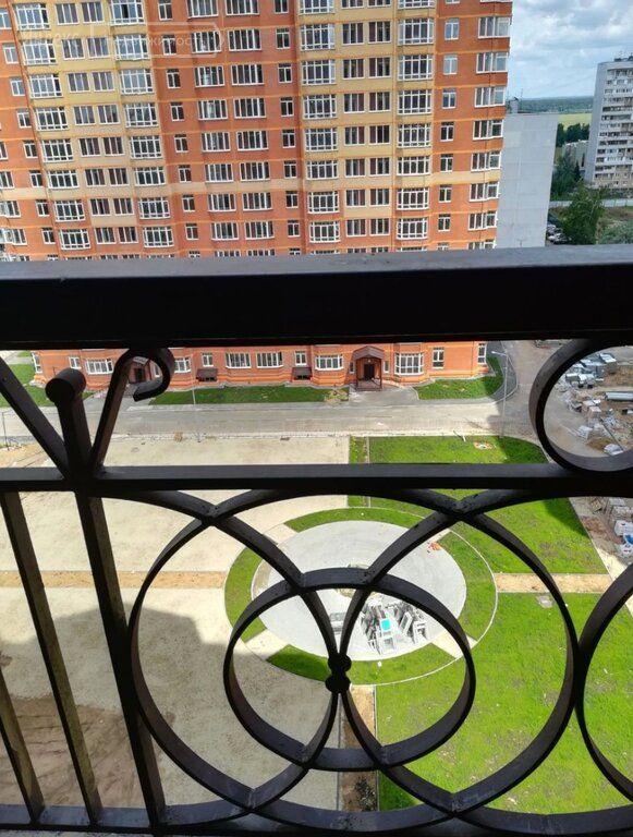 Продажа двухкомнатной квартиры поселок Горки-10, цена 5800000 рублей, 2021 год объявление №521511 на megabaz.ru