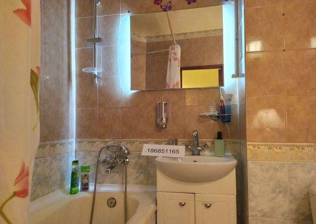 Аренда двухкомнатной квартиры Москва, метро Театральная, Камергерский переулок 2, цена 3500 рублей, 2021 год объявление №1194189 на megabaz.ru