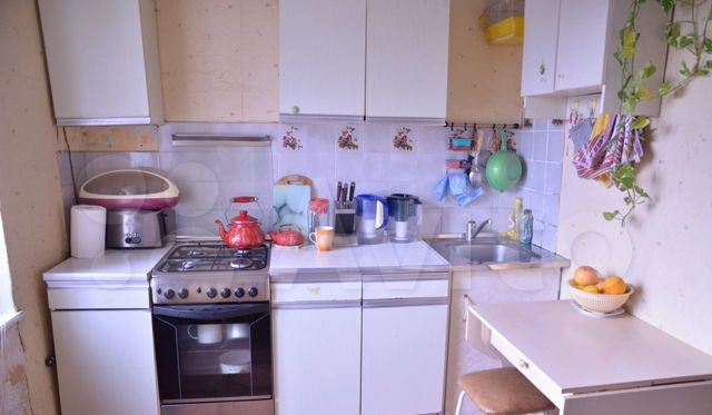 Продажа однокомнатной квартиры Ногинск, Комсомольская улица 18, цена 2300000 рублей, 2021 год объявление №469315 на megabaz.ru
