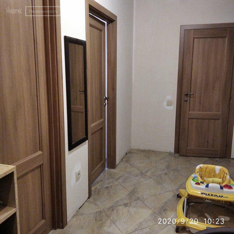 Продажа двухкомнатной квартиры рабочий посёлок Нахабино, улица Королёва 1, цена 6800000 рублей, 2021 год объявление №523825 на megabaz.ru