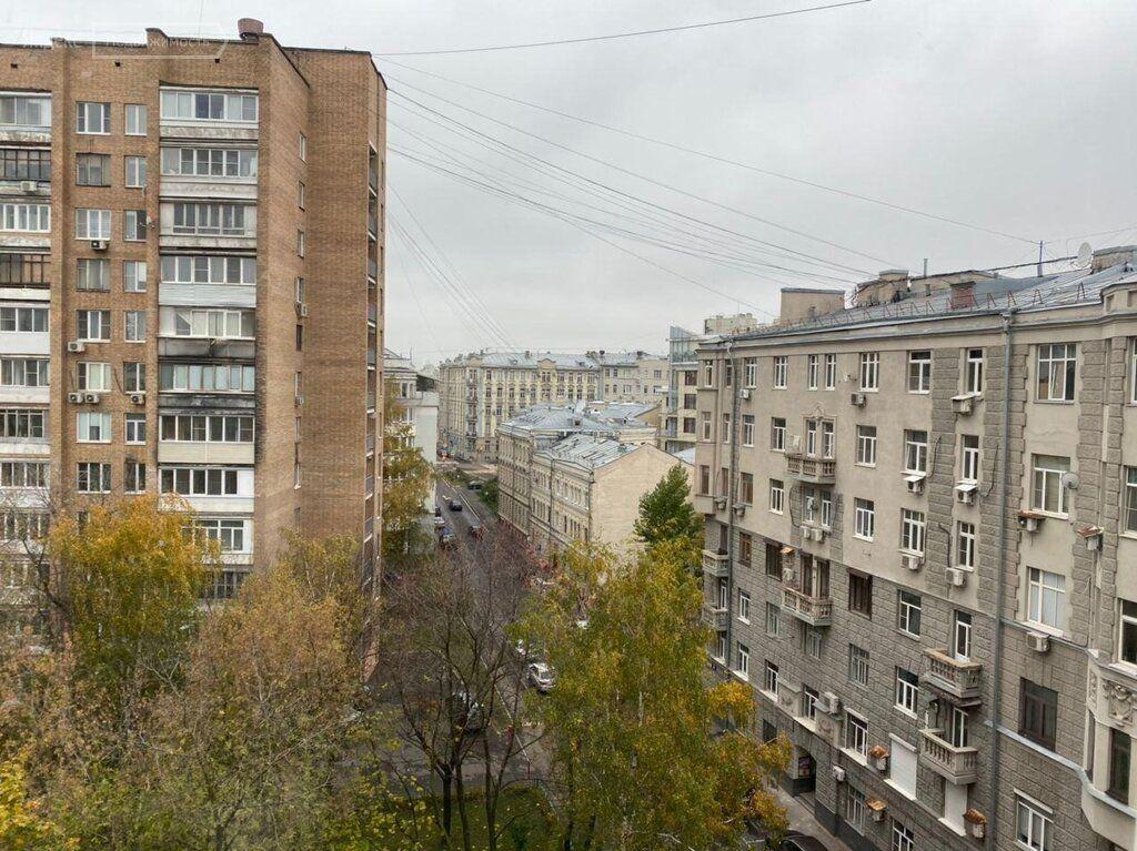 Продажа однокомнатной квартиры Москва, метро Курская, Большой Казённый переулок 6, цена 10000000 рублей, 2021 год объявление №524330 на megabaz.ru