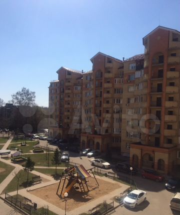 Аренда двухкомнатной квартиры дачный посёлок Лесной Городок, Лесной переулок 4, цена 24000 рублей, 2021 год объявление №1336639 на megabaz.ru