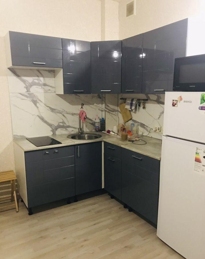Аренда однокомнатной квартиры поселок Аничково, цена 17000 рублей, 2021 год объявление №1114618 на megabaz.ru