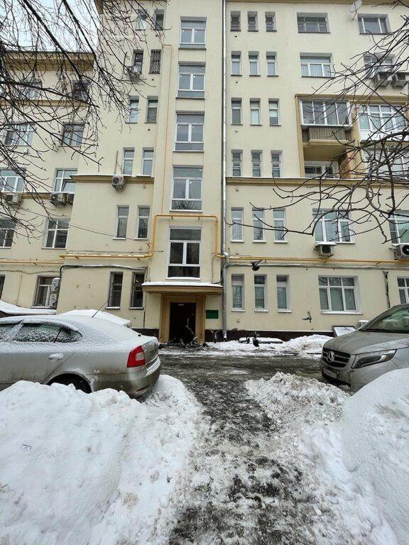 Продажа трёхкомнатной квартиры Москва, метро Кутузовская, Кутузовский проспект 33, цена 38000000 рублей, 2021 год объявление №567899 на megabaz.ru