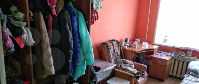 Продажа пятикомнатной квартиры поселок Реммаш, улица Мира 18, цена 600000 рублей, 2021 год объявление №541606 на megabaz.ru