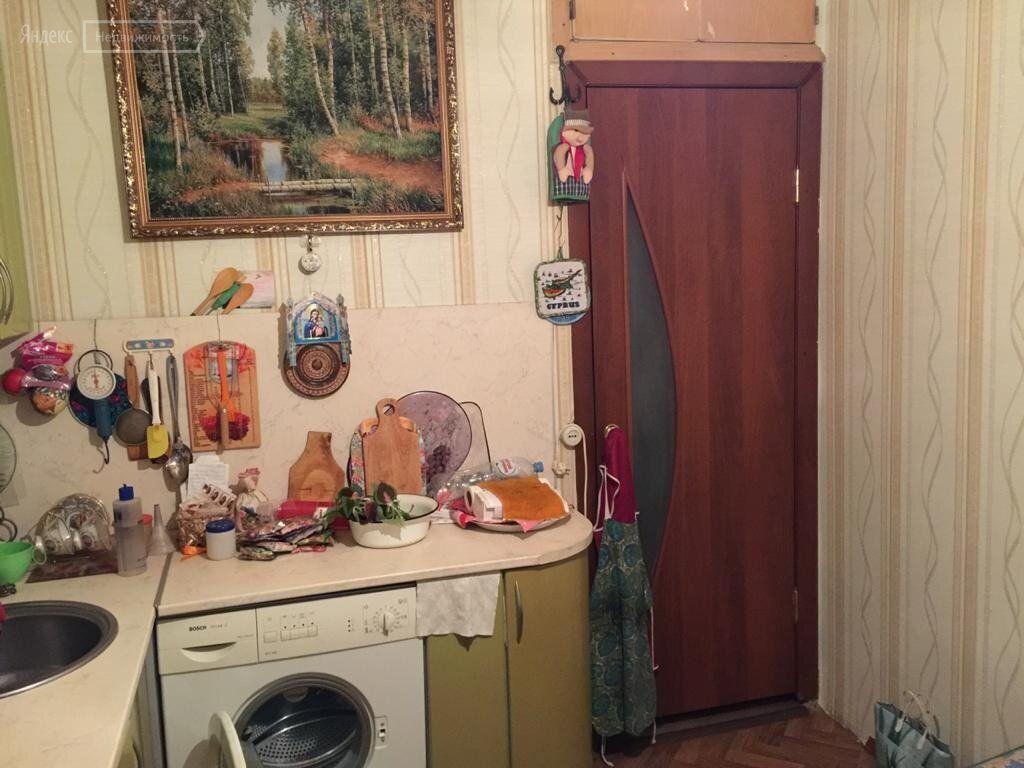 Продажа двухкомнатной квартиры поселок Колюбакино, улица Попова 25, цена 2850000 рублей, 2021 год объявление №531959 на megabaz.ru