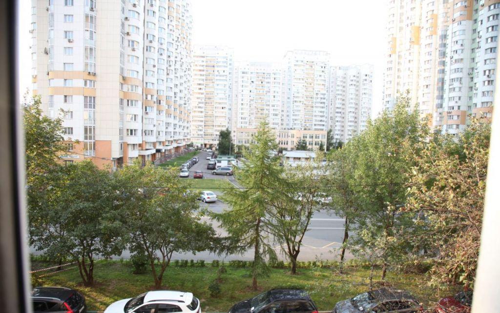 Продажа двухкомнатной квартиры Москва, метро Волоколамская, Новотушинский проезд 10к1, цена 9500000 рублей, 2021 год объявление №508708 на megabaz.ru