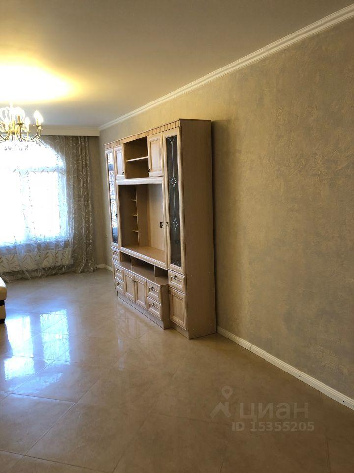 Аренда трёхкомнатной квартиры село Ромашково, Никольская улица 4к3, цена 65000 рублей, 2021 год объявление №1425152 на megabaz.ru