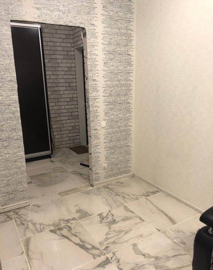 Продажа однокомнатной квартиры рабочий посёлок Тучково, Комсомольская улица 14с2, цена 2800000 рублей, 2021 год объявление №533451 на megabaz.ru