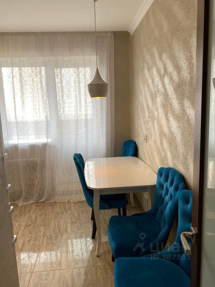 Продажа однокомнатной квартиры Звенигород, цена 5800000 рублей, 2021 год объявление №617459 на megabaz.ru