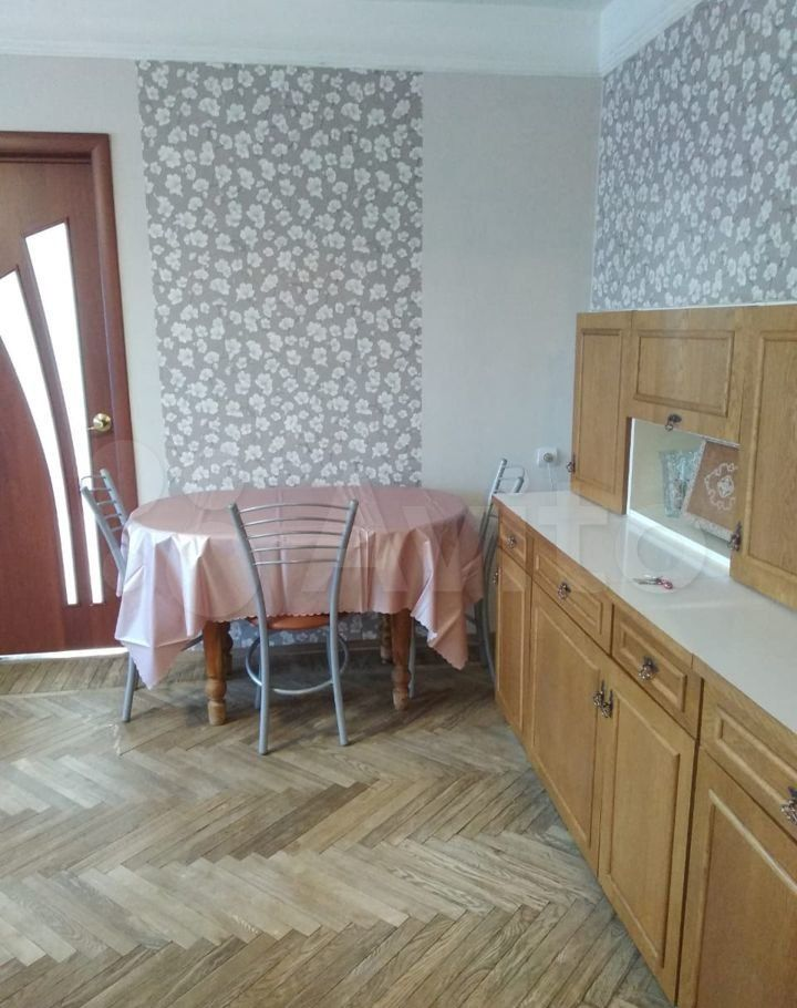 Аренда четырёхкомнатной квартиры Фрязино, Советская улица 1А, цена 25000 рублей, 2021 год объявление №1429637 на megabaz.ru