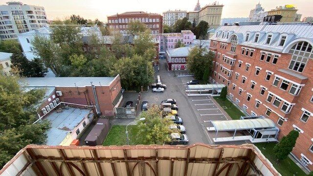 Продажа двухкомнатной квартиры Москва, метро Цветной бульвар, Цветной бульвар 25с1, цена 21000000 рублей, 2021 год объявление №531419 на megabaz.ru