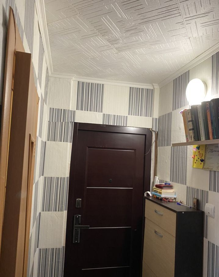 Продажа двухкомнатной квартиры Кашира, Юбилейная улица 7, цена 2400000 рублей, 2021 год объявление №545821 на megabaz.ru